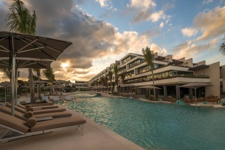 Hotel Atelier Playa Mujeres en Cancún