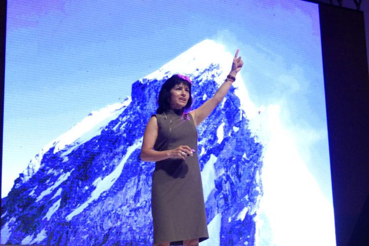 Sin lugar a dudas, Elsa Ávila, una mujer símbolo de nuestros tiempos: valerosa, emprendedora y siempre en busca del éxito.