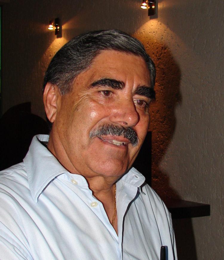 Profesor Jesús Arévalo Hernández