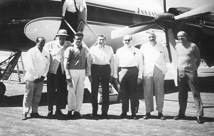 primeros vuelos a cancun