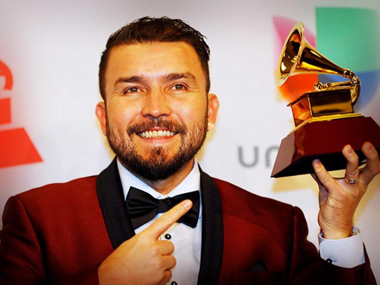 Banda El Recodo arremete contra los Latin Grammy