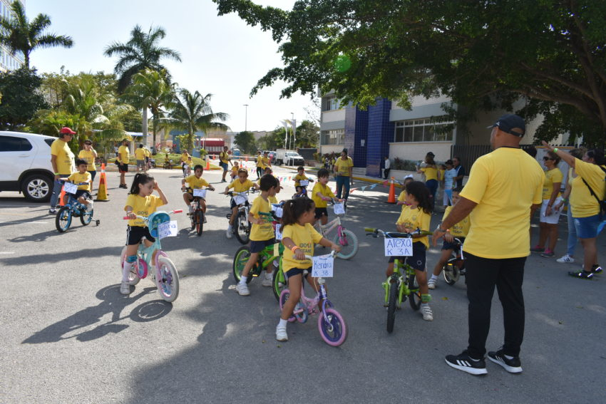 Divertida miniolimpiada del Instituto Cumbres Cancún